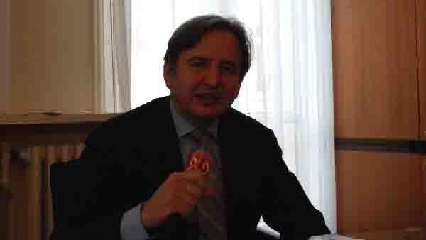 الدكتور كوزيمو لاشيرنيولا