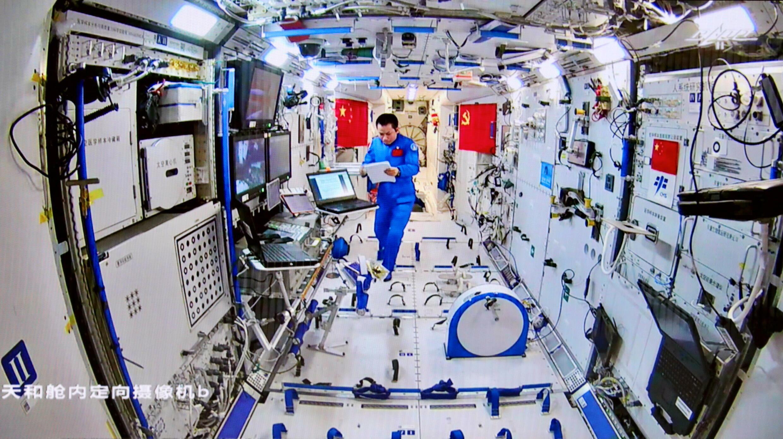 2021-08-20T063757Z_898898714_RC2U8P9JB80J_RTRMADP_3_SPACE-EXPLORATION-CHINA