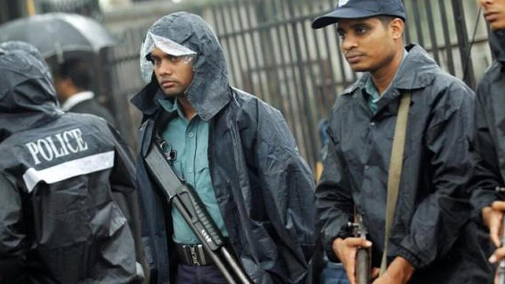 عناصر من الشرطة في بنغلادش