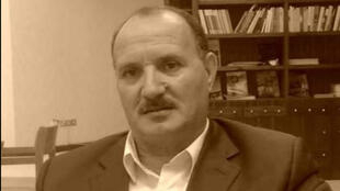 الشاعر الجزائري عياش يحياوي