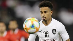 لاعب كرة القدم القطري أكرم عفيف