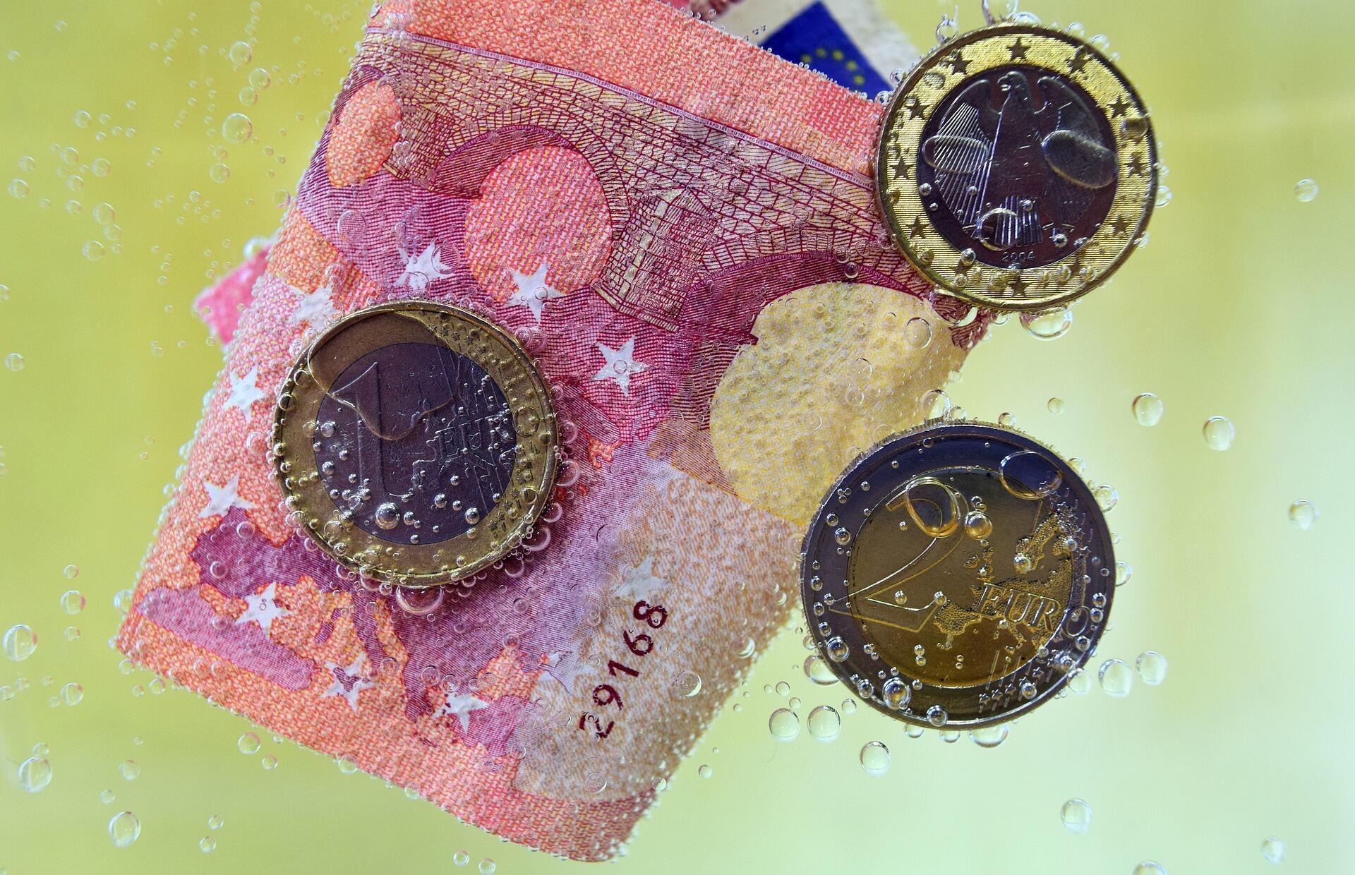 money-2869654_1920