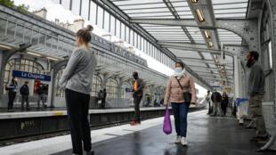 محطة مترو باريسية في ظل الوباء