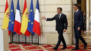 الرئيس الفرنسي إيمانويل ماكرون يستقبل رئيس الوزراء الإسباني بيدرو سانشيز