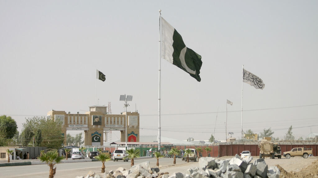 على الحدود الباكستانية الأفغانية