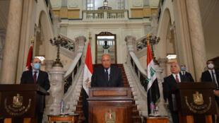 وزراء خارجية مصر سامح شكري والأردن أيمن الصفدي والعراق فؤاد حسين