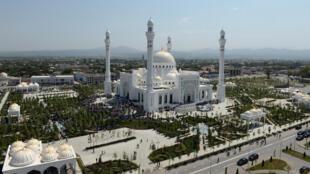 أكبر مسجد في أوروبا (جمهورية الشيشان الروسية)