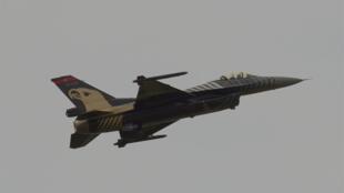 مقاتلة أف16 تركية