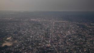 صورة من الجو لمدينة كينشاسا