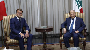 الرئيس اللبناني ميشال عون يستفبل الرئيس الفرنسي إيمانويل ماكرون يوم 6 أغسطس 2020