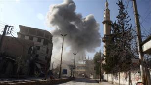 آثار القصف والغارات في سوريا