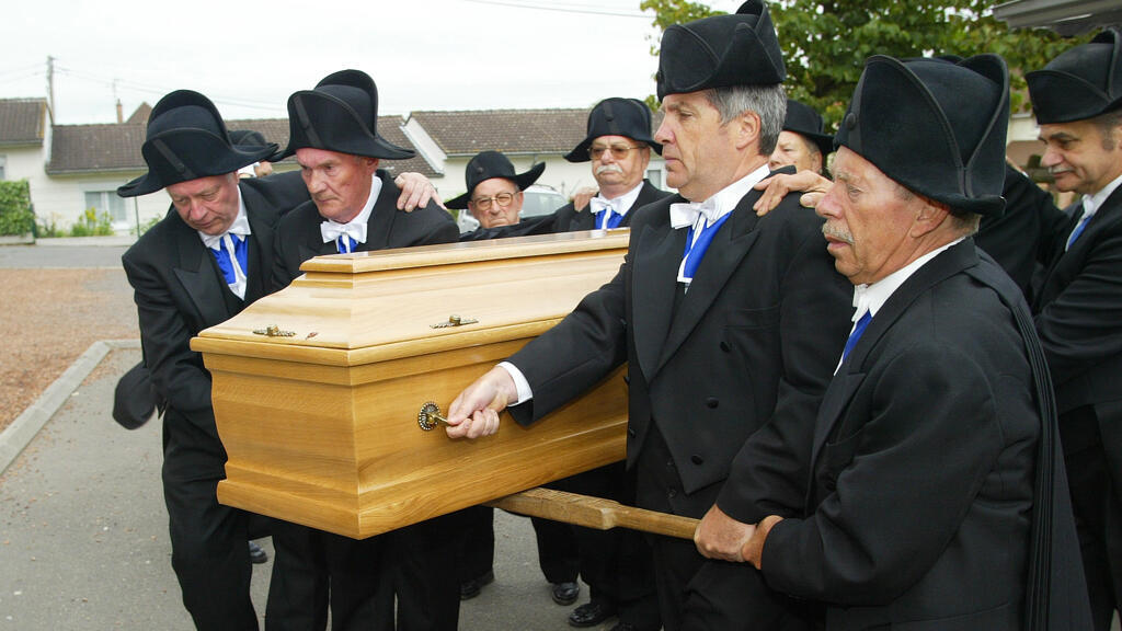 les_charitables_association_obsèques_bethune_france