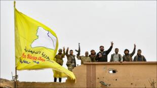 قوات سوريا الديمقراطية في قرية الباغوز بمحافظة دير الزور