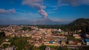 مشهد عام لجزيرة سومطرة الاندونيسية