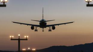 حركة السفر والطيران بعد فتح المطارات
