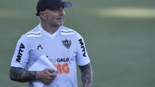 سامباولي مدرب الأرجنتين السابق في طريقه إلى مرسيليا الفرنسي