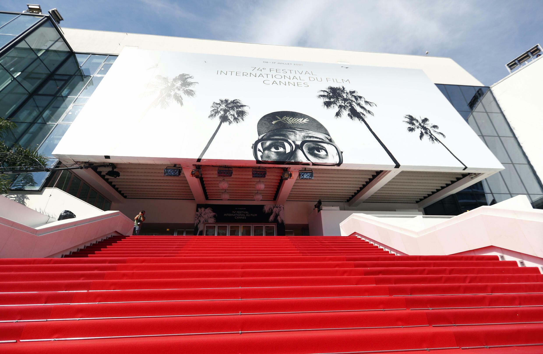 FILMFESTIVAL-CANNES-RED-CARPET