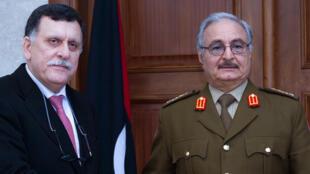 خلال لقاء جمع حفتر والسراج في مدينة المرج الليبية 31 كانون الثاني/يناير 2016