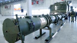 صاروخ 9 إم729 البري الروسي