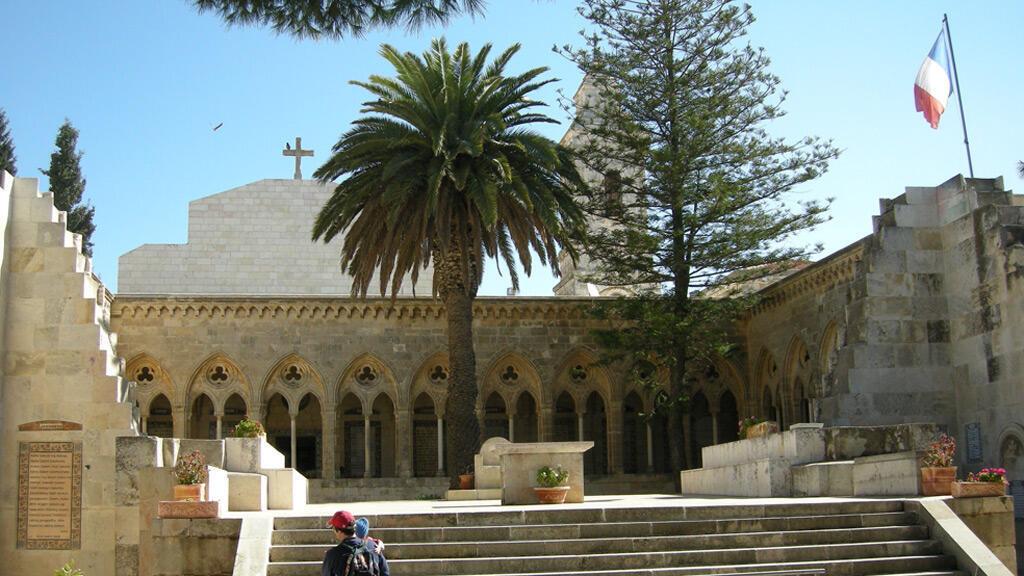 كنيسة موقع إيليونة