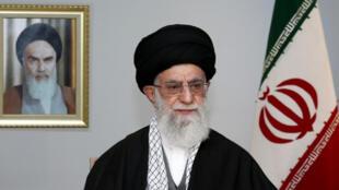 المرشد الأعلى للثورة الإسلامية في إيران علي خامنئي