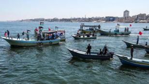 اسرائيل تعترض سفينة مناهضين للحصار