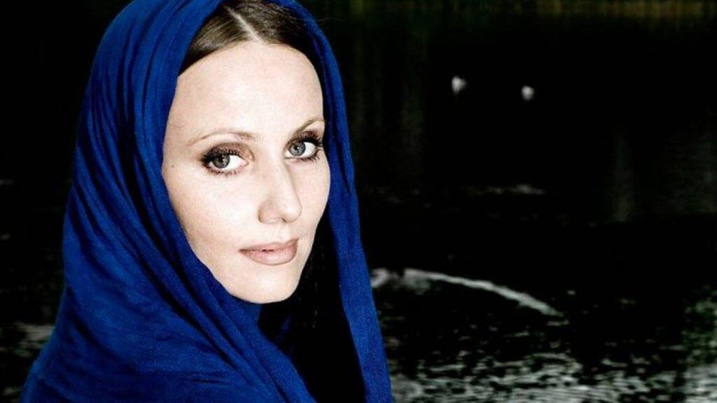 شيرين خانخان أوّل سيدة إماما في الدانمارك