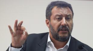 وزير الداخلية الإيطالي ماتيو سالفيني-