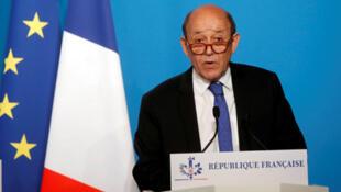 / وزير الخارجية الفرنسي جون ايف لودريان