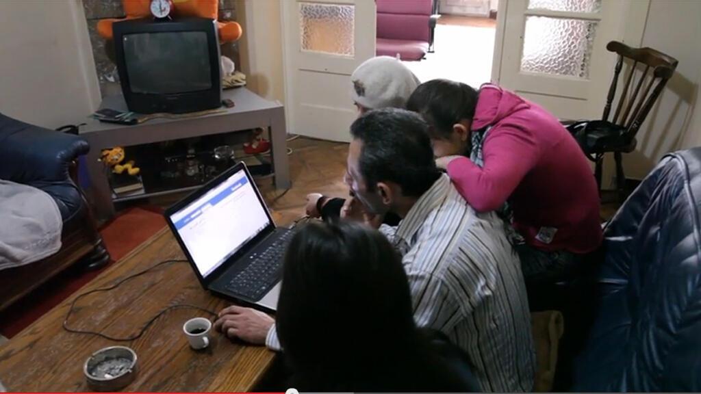 عائلة سورية لاجئة في بلجيكا