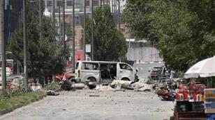 الدمار الذي خلفه الانفجار وسط كابول