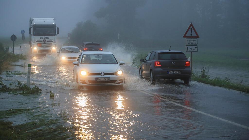 أمطار غزيرة وفيضانات في مناطق عدة بألمانيا
