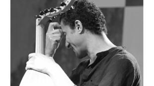 الموسيقي طارق عبدالله