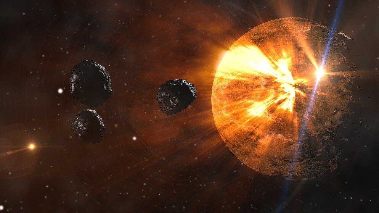asteroids-1017666_1280