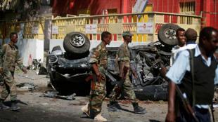 جنود  صوماليون في موقع هجوم  بمقديشو