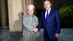 رئيس الوزراء التركي أحمد داود أوغلو مع رئيس إقليم كردستان العراق مسعود البرزاني