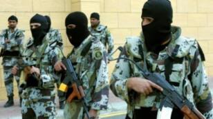 عناصر من رجال الأمن السعودي