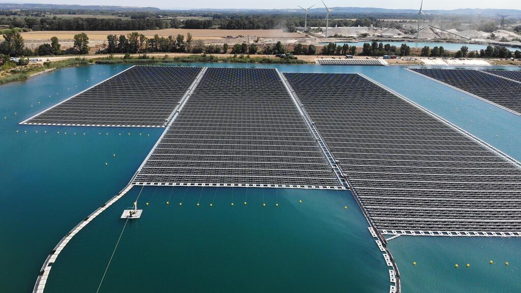 centrale_solaire_flottante_piolenc_france