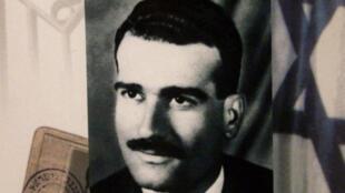 من حفل لتكريم إيلي كوهين في القدس عام 2000