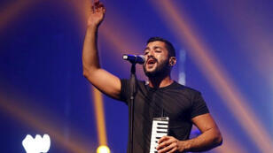 حامد سنو المغني الرئيسي لفرقة (مشروع ليلى) اللبنانية في بيروت