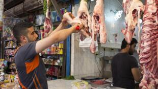 محل لبيع اللحوم في طرابلس بلبنان