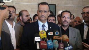 المبعوث الأممي إلى اليمن إسماعيل ولد الشيخ خلال لقاء بالصحافيين في مطار صنعاء يوم  09-07-2015
