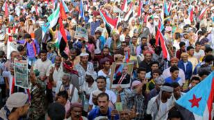 séparatistes-du-sud-du-Yémen_manifs_aden-_reuters_15_08_19