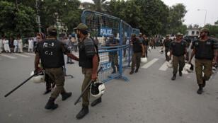ضباط الشرطة في لاهور-