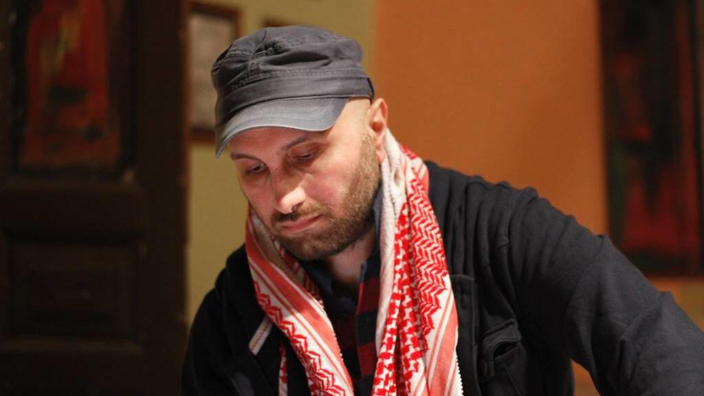 الكاتب فارس الذهبي