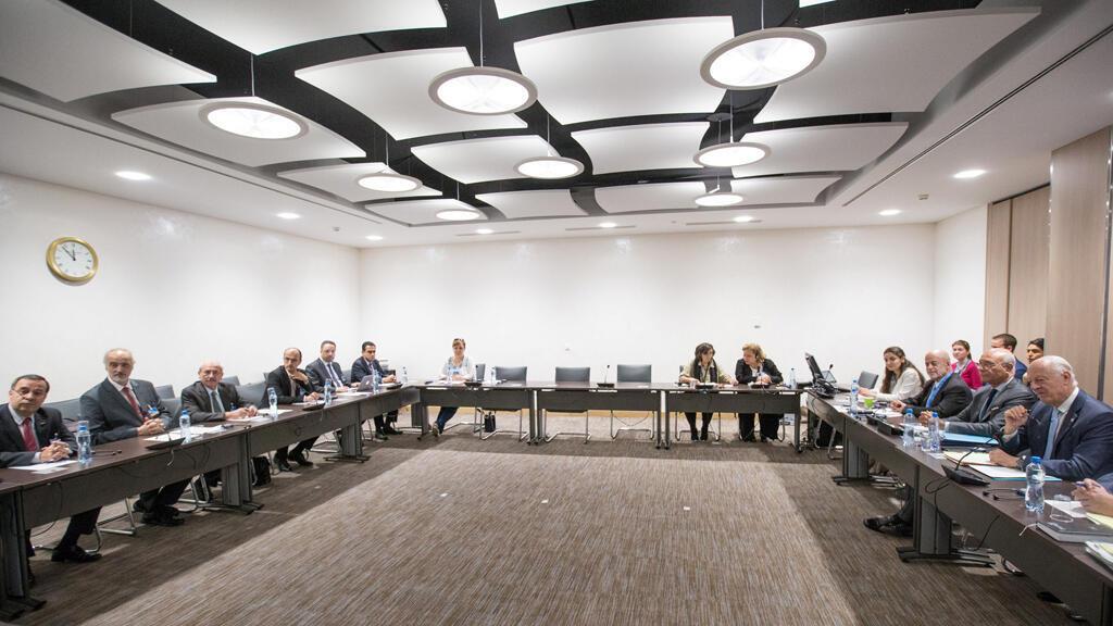 المبعوث الدولي الخاص لسوريا دي ميستورا يجري اجتماعا مع وفد الحكومة السورية في جنيف 14-07-2017
