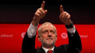 جيريمي كوربين زعيم حزب العمال البريطاني المعارض-