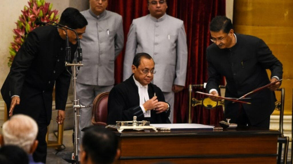 كبير قضاة المحكمة العليا الهندية رانجان غوغوي