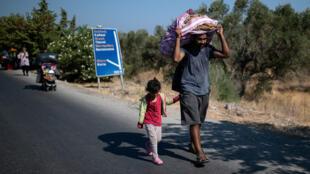 لاجئ سوري في جزيرة ليسبوس اليونانية