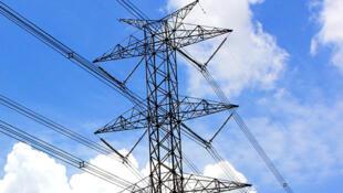 خط كهرباء